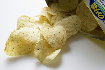 のり塩ポテトチップス