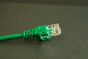 LANケーブルはキーアイテム